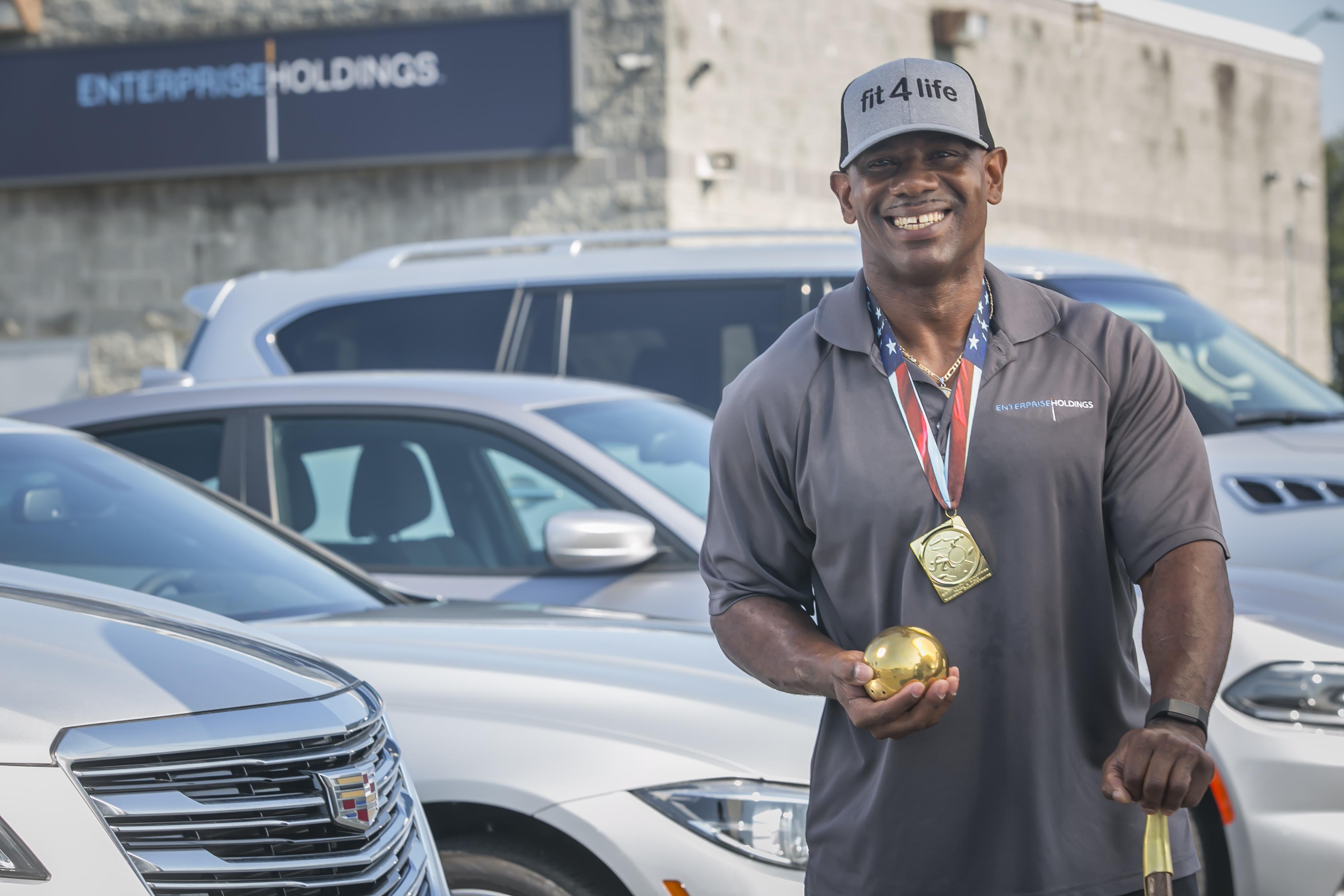 Savannah employee climbs world-rankings in shot put